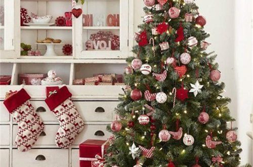 Trendy And Gorgeous Christmas Tree Decoration Ideas You Would Love; Christmas Tree; Christmas Tree Decoration; White Christmas; White Christmas Tree; Christmas Decoration; Christmas Decor; Christmas Season; Christmas Holiday; #Christmastree #Christmasdecor #Christmastreedecor #Christmas
