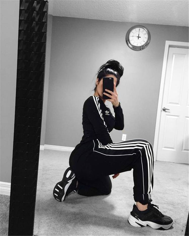 Casual And Fashionable Sports Outfits You Would Obsessed With; Casual Outfits; Fashionable Outfits; Outfits; Sports Outfits; Adidas Outfits; Nike Outifts; Gym Outfits; School Outfits; #outfits #sportsoutfits #gymoutfits #colorfuloutfits