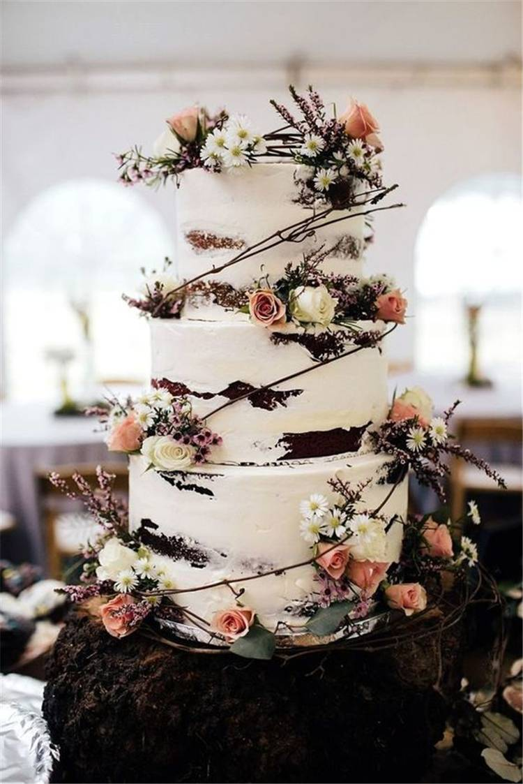 Beautiful Wedding Cakes Ideas For Your Big Day; Wedding Cakes; Floral Wedding Cakes; Floral Cakes; Romantic Cakes; #weddingcake #floralweddingcake #cake #weddingart