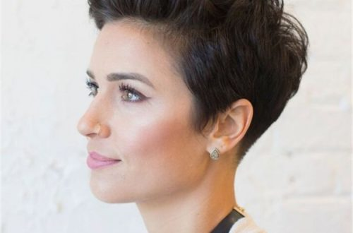 Gorgeous And Trendy Pixie Haircuts for Thick Hair You Will See This Year; Pixie Hairstyles; Pixie Haircuts; Pixie Haircuts Or Hairstyles For You; Haircut; Hairstyle; Stylish Haircut; Stylish Hairstyles; Pixie;#pixiehaircut#pixiehairstyle#shortpixie#shortpixiehair#trendyhair#stylishhairstyle