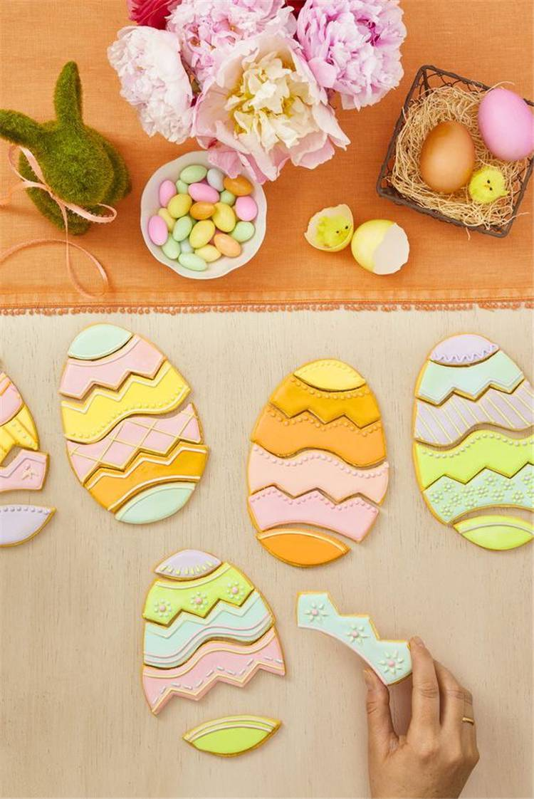 Cute And Delicious Easter Cookies To Make Your Easter Holiday More Sweeter; Easter Cookies; Cookies; Bunny Cookies; Egg Cookies; Chicken Cookies; Cute Cookies; Cookies For Kids; Easter; Easter Holiday; Easter Decor #Easter #Eastercookies #easterholiday #eastereggs #easterbunny
