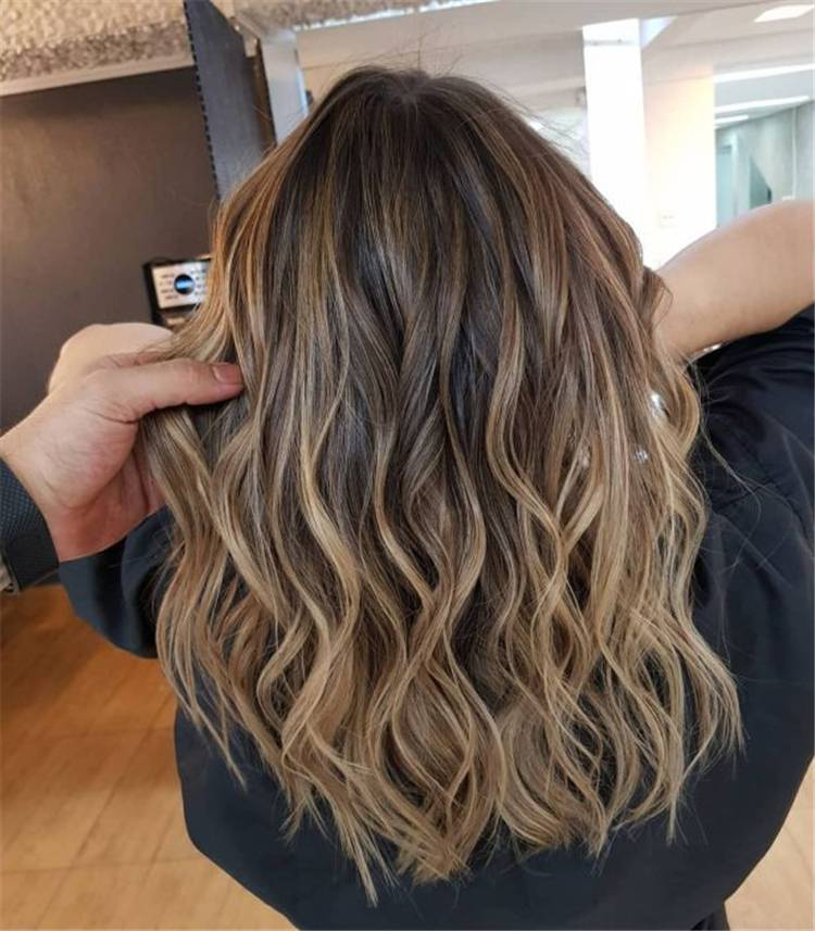 Gorgeous Highlights and Lowlights for Light Brown Hair; Light Brown Hair; Lowlights; Highlights; Brown Hair; Hair Lowlights; Hair Highlights; #lightbrownhair #brownhair #highlights #lowlights