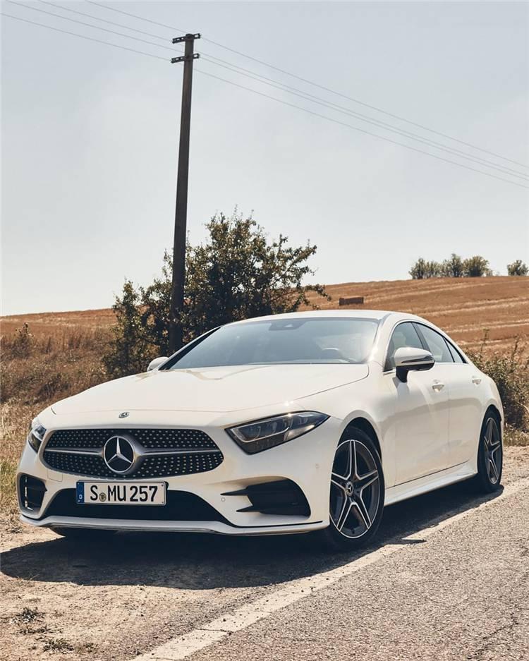 Facts For Women To Know And Love Mercedez Benz ; Luxury car; Luxury sports car; Fancy Car; Audi; BMW; Mercedes Benz G Wagon; Stunning Car; Pink Car; Race Car;#luxurycar#womencar#carforwomen#luxurysportscar #benz #mercedesbenz