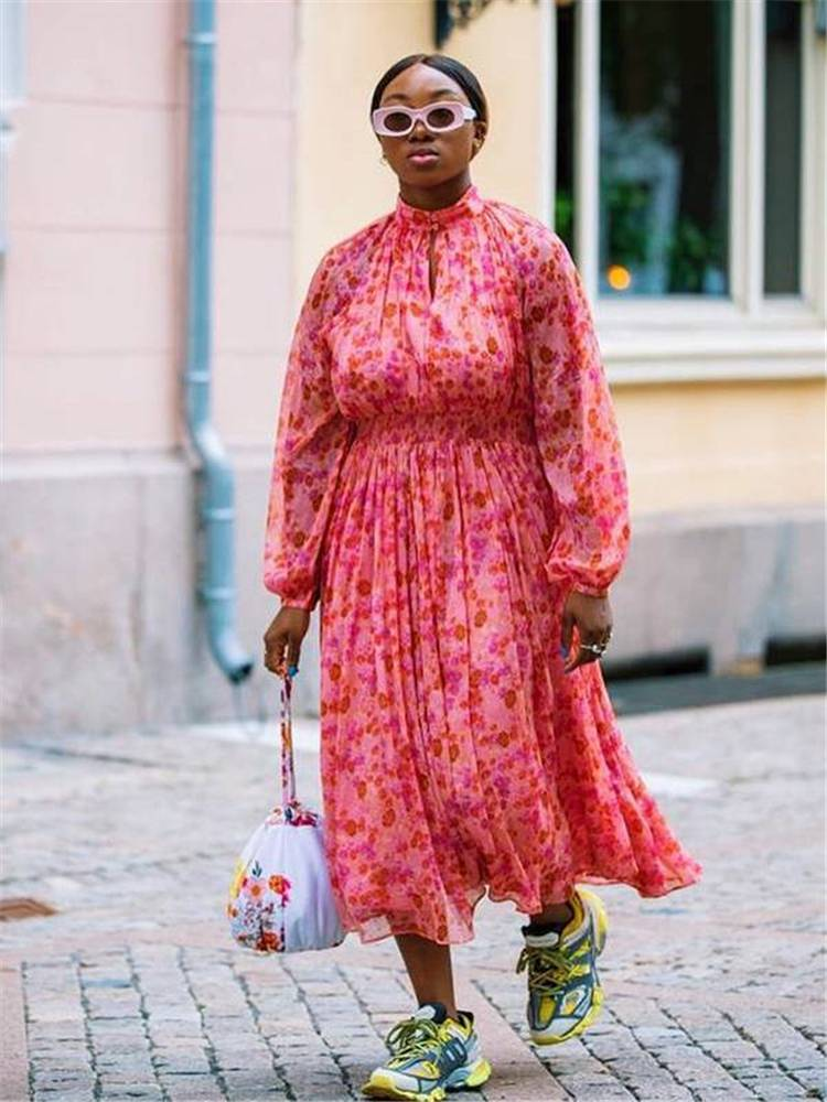 Spring Outfits From The Fashion Week Runways To Copy Right Now; Spring Outfits; Fashion Outfits; Runway Outfits; Outfits; Spring Runway Outfits #outfits #springoutfits #fashionoutfits #runwayoutfits