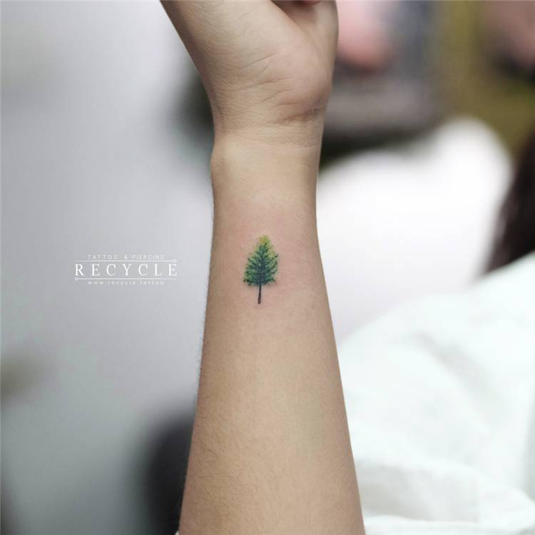 Small Tattoo Ideas For Your Ink Collection ASAP; Small Tattoo; Tiny Tattoo; Ink Tattoo; Tattoo #smalltattoo #tinytattoo #tattoo #tattoodesign