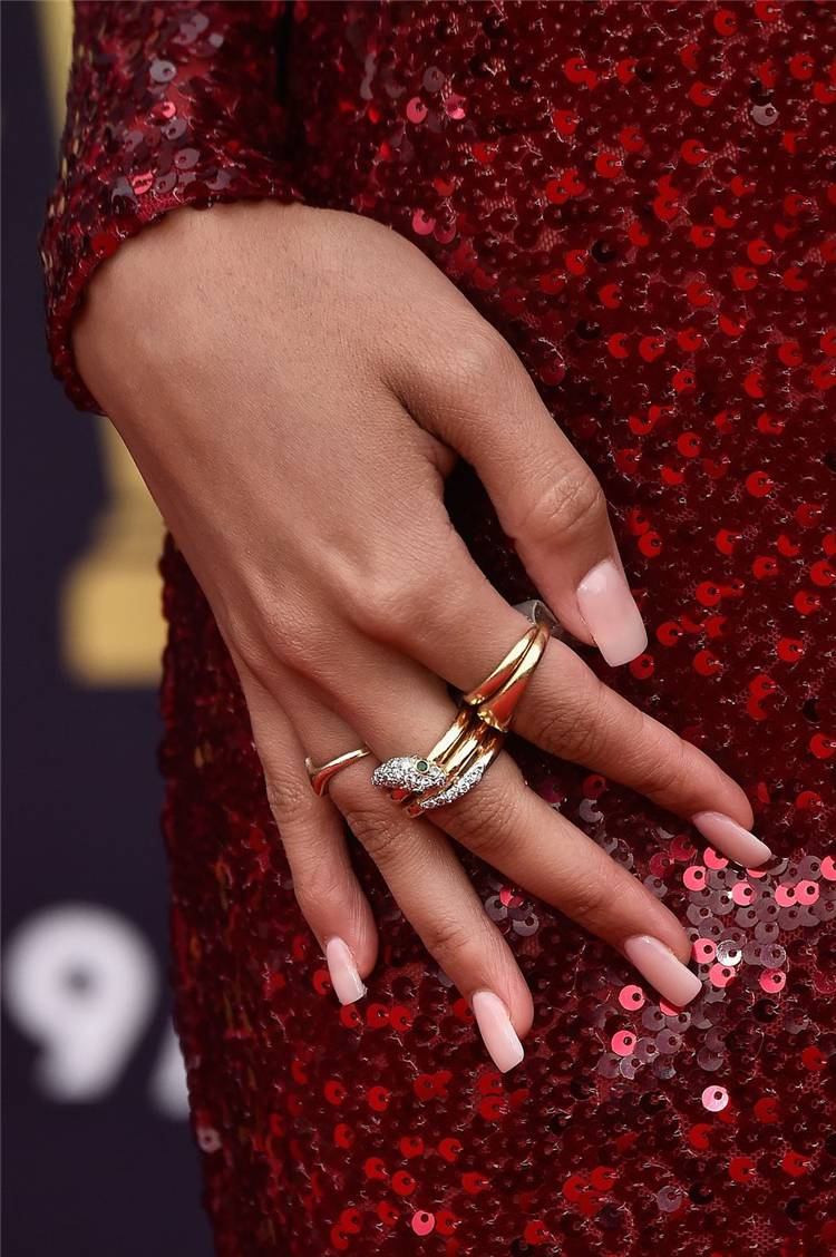 Trendy Nail Art Ideas From Celebrities You Must Know In 2020; Nair Art; Nail Design; Celebrity Nails; Celebrity Nail Art; Trendy Nails; #nail #naildesign #celebritynails