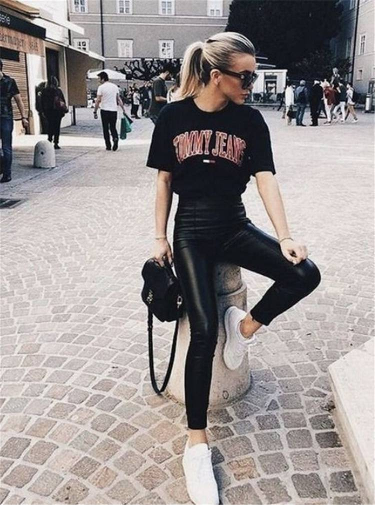 Ideas About Cute Spring Outfits with Sneakers; Spring Outfits; Spring Outfits Ideas; Sneaker; #springoutfit #springoutfits #springoutfitideas