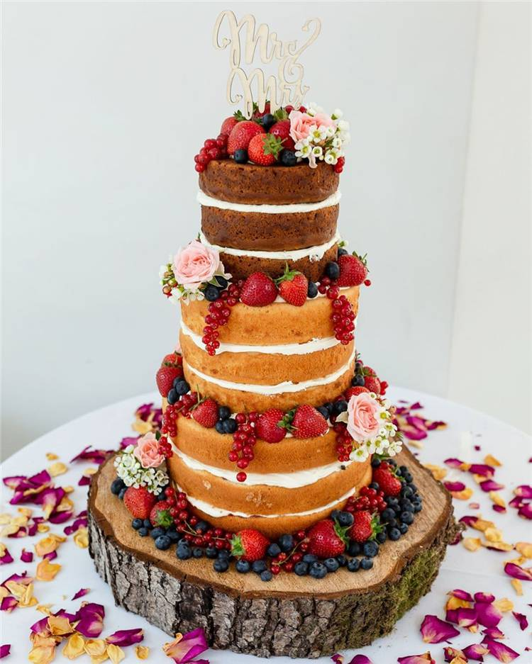 Trendy And Gorgeous Wedding Cake For Your Wedding Fantasy 2020; Wedding Cakes; Floral Wedding Cakes; Floral Cakes; Romantic Cakes;Fondant Wedding Cake; Cheese Wedding Cake; Nude Wedding Cake; Buttercream Wedding Cake;#weddingcake#floralweddingcake#cake#weddingart #fondantcake #cheesecake #nudecake #buttercreamcake