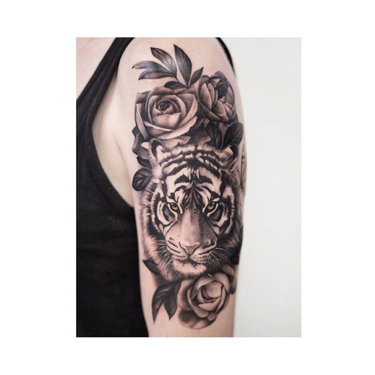Pretty Rose Tattoo Ideas For Women To Copy 2020; Rose Tattoo; Tattoo; Finger Rose Tattoo; Back Rose Tattoo; Small Rose Tattoo; Ankle Rose Tattoo; Leg Rose Tattoo; Arm Rose Tattoo; Shoulder Rose Tattoo; Sleeve Rose Tattoo; #rosetattoo #tattoo #smallrosetattoo #fingerrosetattoo #backrosetattoo #shouldrosetattoo