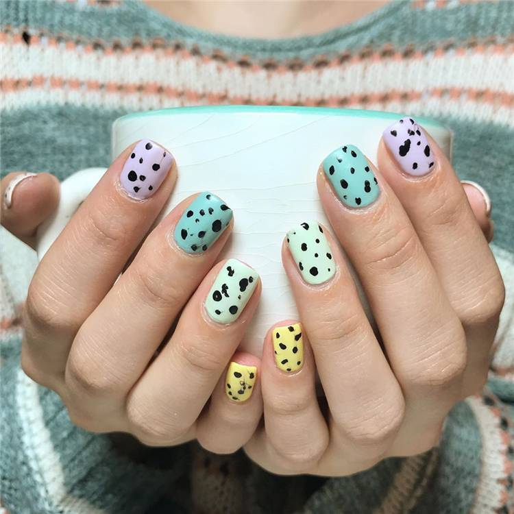 Cutest Easter Nail Design Ideas For You In 2020; Easter nails; spring nails; cute nail art; Adorable Easter Nail; Nail Art Designs; Egg Art Nails; Bunny Art Nails; Egg And Bunny Nail Art Designs; #easter #easternails #eastereggnails #chickennails #bunnynails #polkadotnails