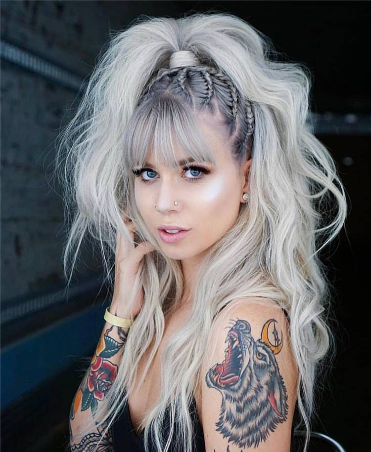 Gorgeous Silve Hair Looks For You To Rock This Summer; Slive Hair; Silver Color; Platinum Hair; Hair Color; Ash Brown Hair; Summer Hair; Hairstyles; #silverhair #silverhaircolor #haircolor #summerhair #platinumhair