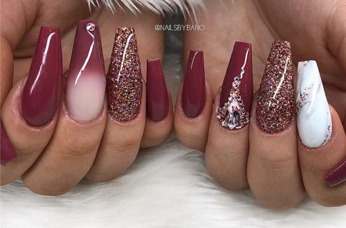 Stunning Burgundy Nail Designs To Make Your Summer Sexy; Burgundy Nails; Nails; Nail Design; Burgundy Nail Color; Nail Color; Burgundy Summer Nails; #nails #naildesign #burgundynail #burgundynaildesign #burgundycolor