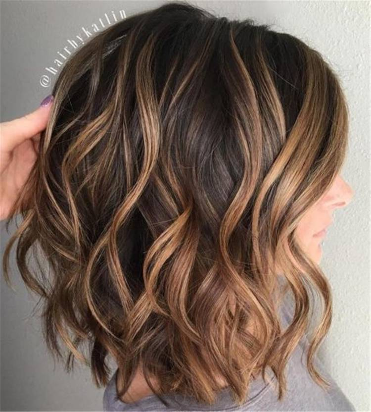 Gorgeous And Stunning Wave Bob Hairstyles For Your Inspiration; bob Haircut; bob Hairstyle; Haircut; Hairstyle; Wave Bob Hairstyle; Wave Bob Haircut; Long Bob Hairstyle; #bobhairstyle #bobhaircut #hairstyle #haircut #longbobhairstyle #longbobhaircut #futurehairstyle #homehairstyle #easyhairstyle