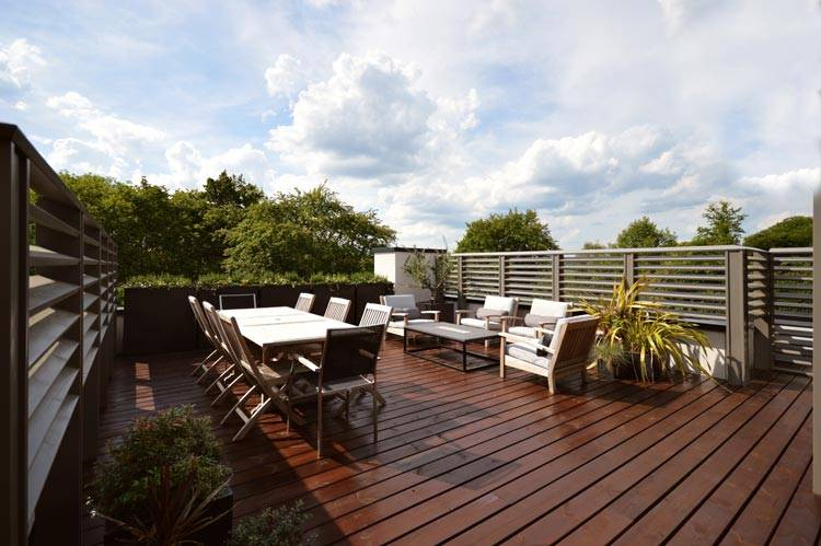 Beautiful And Comfortable Roof Garden Design Ideas You Must Love; Garden; Garden Design; Budget Garden Design; Future Garden; Backyard Renovation; Garden Renovation; DIY Garden; Roof Garden; #garden #gardendesign #budgetgardendesign #budgetgarden #futuregarden #roofgardenrenovation #gardenrenovation #diy #diygarden #roofgarden
