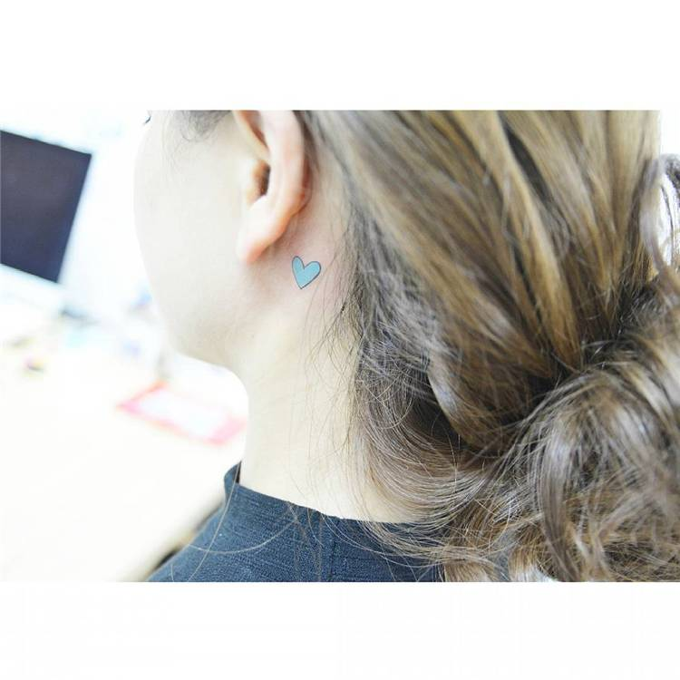 Stunning Behind The Ear Tattoo Ideas You Would Fall In Love With; Ear Tattoo; Tattoo; Behind Ear Tattoo; Simple Tattoo; Tiny Tattoo; Small Tattoo; Floral Tattoo; Music Tattoo; Heart Tattoo; #eartattoo #behindeartattoo #tattoo #simpletattoo #tinytattoo #smalltattoo #floraltattoo