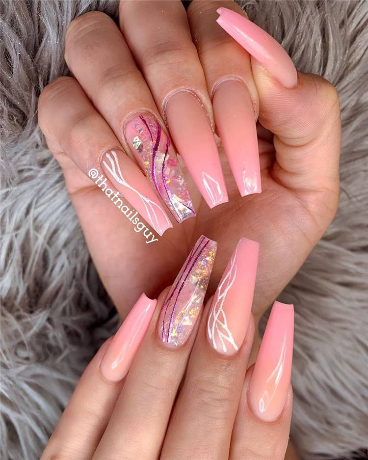 Trendy And Gorgeous Coffin Nail Designs You Would Love To Have; Simple Nails; Coffin Nail; Coffin Nail Designs; Acrylic Coffin Nail Designs; Best Acrylic Coffin Nail; #trendynail #summercoffinnails #coffinnail #acryliccoffinnails #holidaynails #nails #naildesign