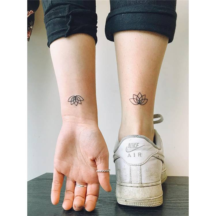 Best Friend Matching Tattoo Ideas For Your Inspiration; Friend Matching Tattoo; Matching Tattoo; Tattoo; Friend Tattoo; Tattoo Designs #tattoo #friendtattoo #friendmatchingtattoo #matchingtattoo #tattoodesigns