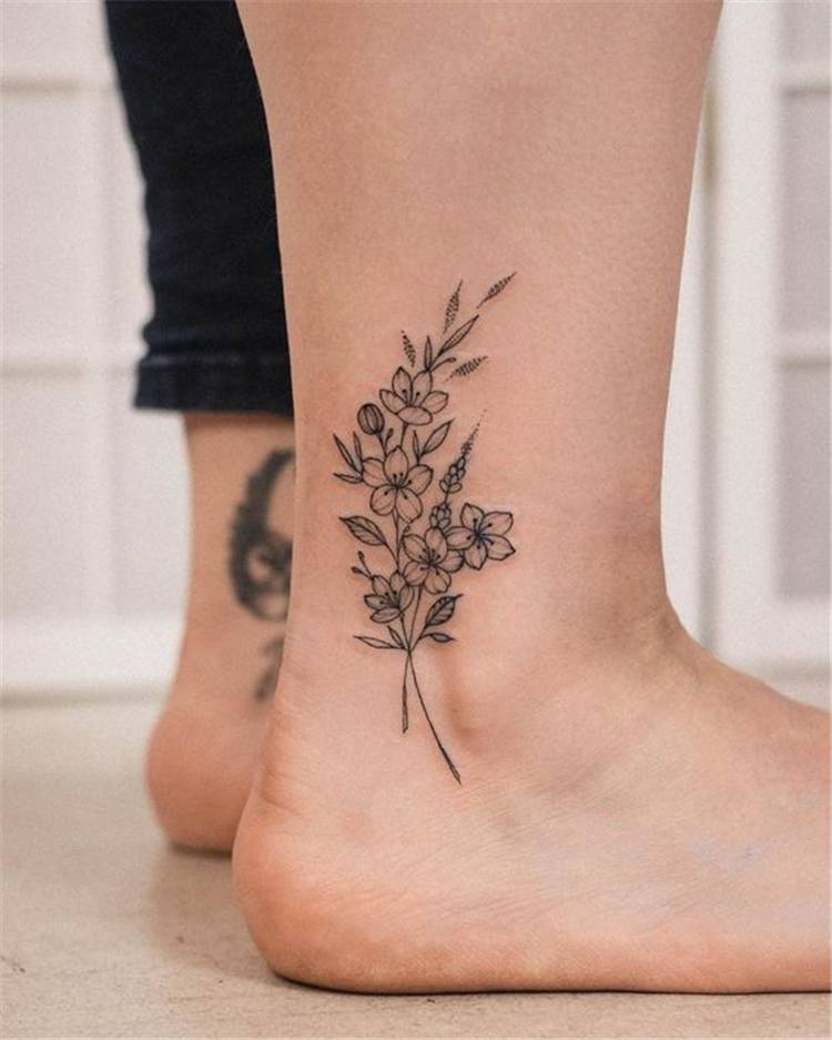 Tiny And Pretty Flower Tattoo Designs You Would Love; Flower Tattoo; Tiny Tattoo; Tiny Flower Tattoo; Finger Flower Tattoo; Ankle Flower Tattoo; Ear Back Flower Tattoo; Side Flower Tattoo; #tinytattoo #flowertattoo #floraltattoo #rosetattoo #tinyflowertattoo #fingertattoo #fingerflowertattoo #ankleflowertattoo #earbackflowertattoo #tattoo