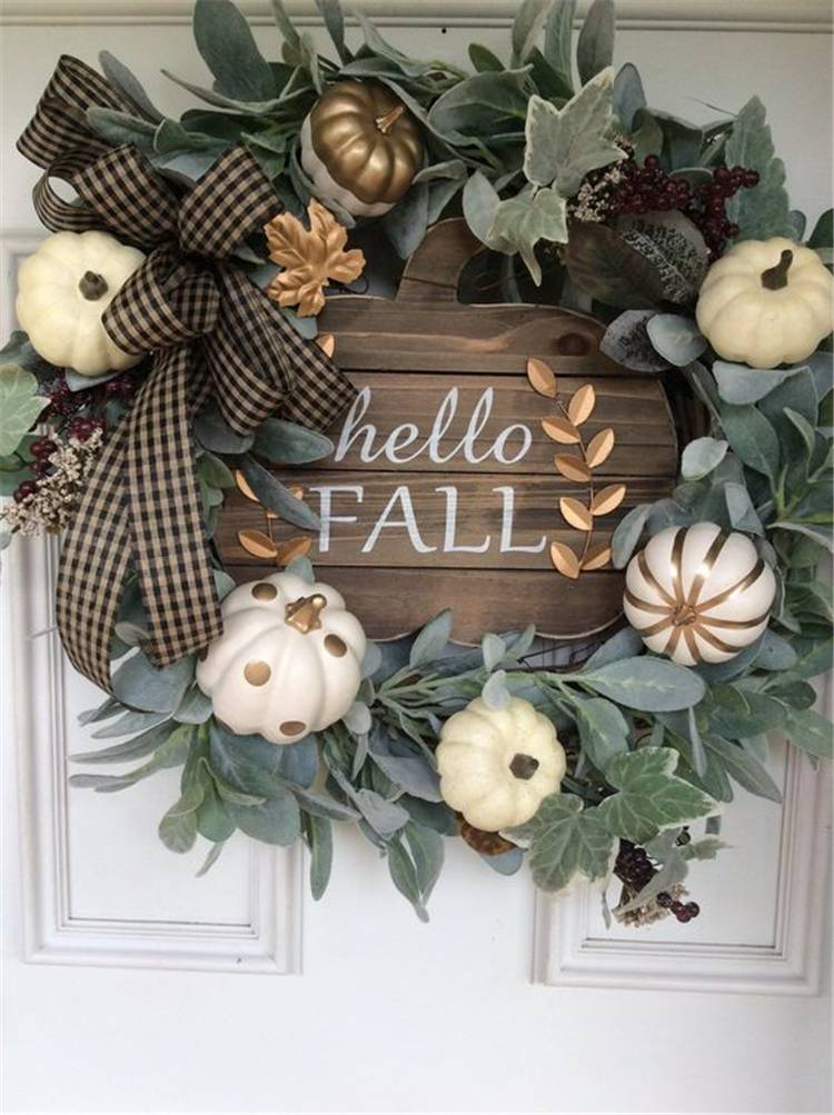 Amazing And Stunning Fall Wreaths You Must DIY At Home; Fall Wreath; Fall Wreaths DIY; DIY Wreaths; Door Wreaths; Fall Decoration; Home Decor; #falldecor #fallwreath #wreath #wreathDIY #DIY #homedecor #doorwreath