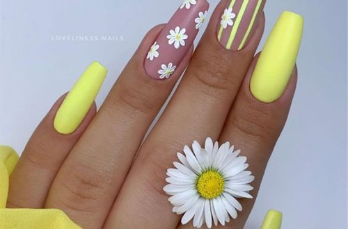 Gorgeous Floral Nail Designs You Must Fall In Love With; Floral Nails; Lovely Nails; Nails; Square Nails; Nail Design; Flower Nails; Rose Nails; Lily Nails; Sunflower Nails; Daisy Nails; Tulip Nails #nails #coffinnail #flowernails #squarenail #naildesign #floralnails #squarenails #lilynails #daisynails #sunflowernails #rosenails