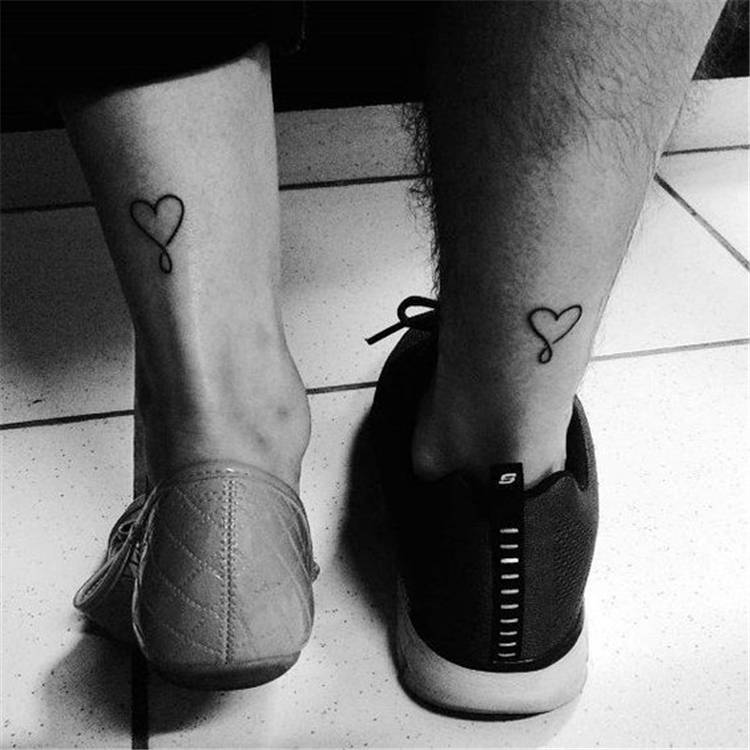Cute And Stunning Couple Matching Tattoo Designs To Melt Your Heart; Couple Tattoo Ideas; Couple Tattoos; Matching Couple Tattoos; Cute Couple Matching Tattoo;Tattoos; #Tattoos #Coupletattoo#Matchingtattoo #couplematchingtattoo #cutetattoo