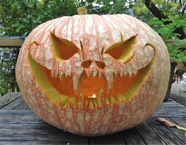 Amazing And Creative Pumpkin Carving Ideas Your Should Try This Halloween; Halloween; Halloween Pumpkin; Pumpkin; Pumpkin Carving; Halloween Holiday #halloween #halloweenpumpkin #pumpkin #pumpkincarving #creativepumpkincarving