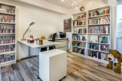 Amazing And Comfortable Home Office Design Ideas You Must Love; Home Office; Home Office Decoration; Home Decor; Office Decor; Home Office Design; #homedecor #homeofficedecor #homeofficedecoration #homeoffice #bohohomeoffice #modernhomeoffice #rustichomeoffice #minimalisthomeoffice