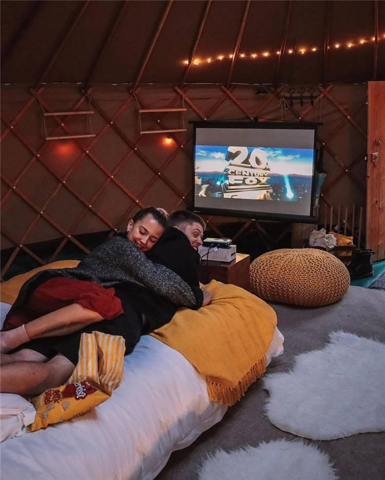Romantic Couple Goals To Melt Your Tiny Heart; Lovely Couple; Relationship Goal; Romantic Relationship Goal; Love Goal; Dream Couple; Couple Goal; Couple Messages; Sweet Messages; Boyfriend Goal; Girlfriend Goal; Boyfriend; Girlfriend; Teen Couples; #Relationship #relationshipgoal #couplegoal #boyfriend #girlfriend #couple #coupletext #kissingcouple #cutecouple #sweetcouple