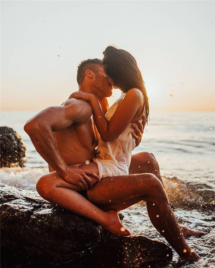 Perfect Couple Goals To Make Your Heart Warm; Lovely Couple; Relationship Goal; Romantic Relationship Goal; Love Goal; Dream Couple; Couple Goal; Couple Messages; Sweet Messages; Boyfriend Goal; Girlfriend Goal; Boyfriend; Girlfriend; Teen Couples;#Relationship#relationshipgoal#couplegoal#boyfriend#girlfriend#couple#coupletext#kissingcouple#cutecouple#sweetcouple