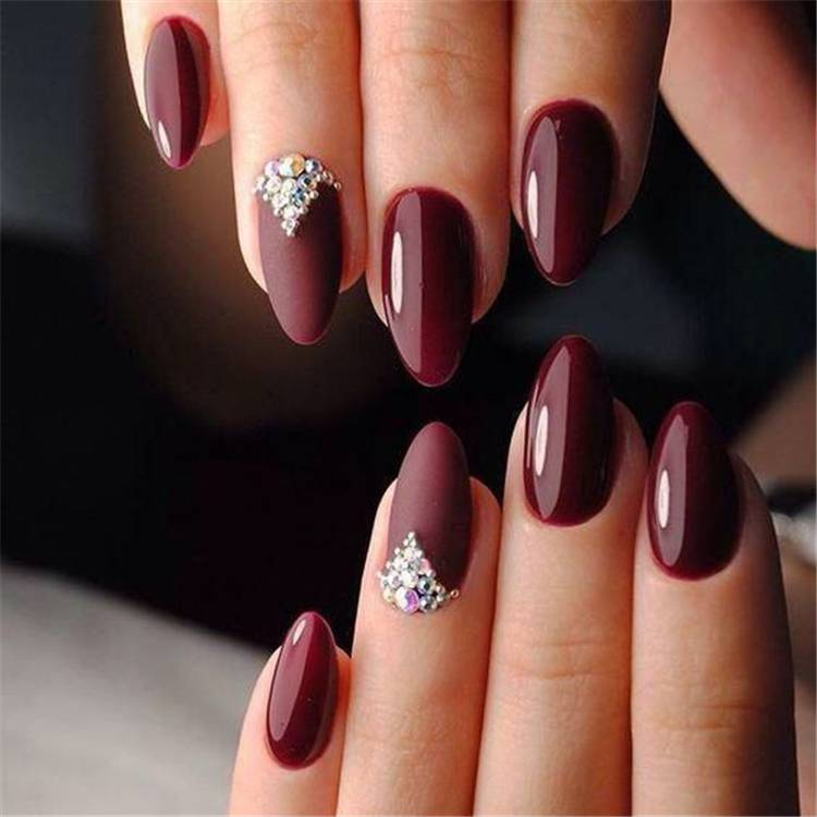 Hottest And Newest Burgundy Nail Designs You Must Know In 2020;  Nails; Nail Design; Burgundy Nail Color; Nail Color; Burgundy Coffin Nails; Burgundy Square Nails; Burgundy Floral Nails;#nails #naildesign #burgundynail #burgundynaildesign #burgundycolor #coffinnails