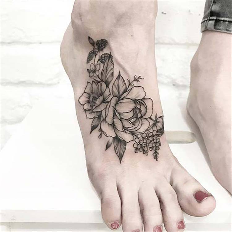 Sexy And Gorgeous Rose Tattoo Designs You Must Love; Rose Tattoo; Tattoo; Finger Rose Tattoo; Ankle Rose Tattoo; Small Rose Tattoo; Foot Rose Tattoo; Collar Bone Rose Tattoo; Arm Rose Tattoo; Shoulder Rose Tattoo; Sleeve Rose Tattoo;#rosetattoo#tattoo#smallrosetattoo#fingerrosetattoo#footrosetattoo#anklerosetattoo
