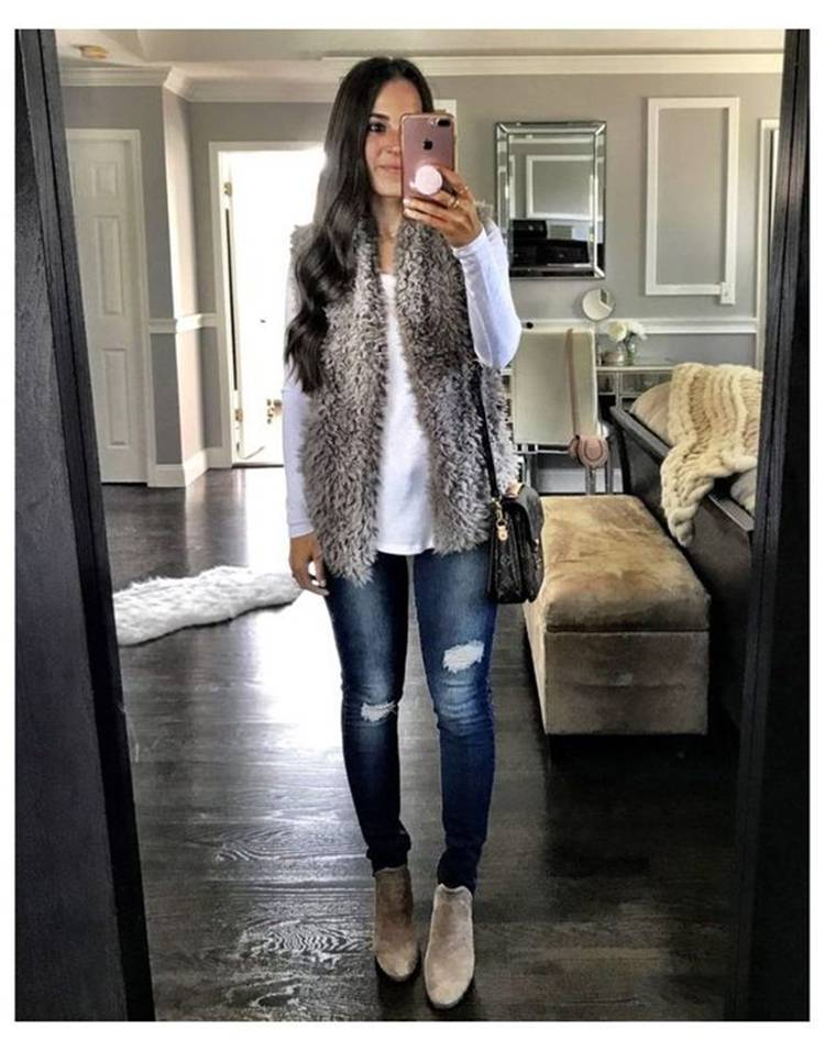 30 Ways To Rock This Winter With A Faux Fur Outfit; Winter Outfits; Outfits; Winter Coat; Faux Fur Jacket; Faux Fur Coat; Faux Fur Vest; Winter Faux Fur Outfits #winteroutfit#outfits#fauxfurjacket#fauxfurcoat#fauxfurvest