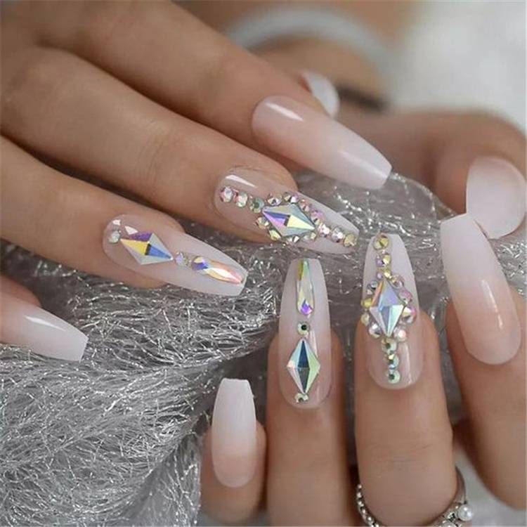 Gorgeous Arcylic Winter Coffin Nails You Must Follow; Winter Nails; Winter Coffin Nails; Coffin Nails; Arcylic Nails; Glitter Coffin Nails; Rhinestones Coffin Nails; Matte Coffin Nails; Christams Coffin Nails; #wintercoffinnails #coffinnails #arcyliccoffinnails #nails #mattecoffinnails #glittercoffinnails #christmascoffinnails
