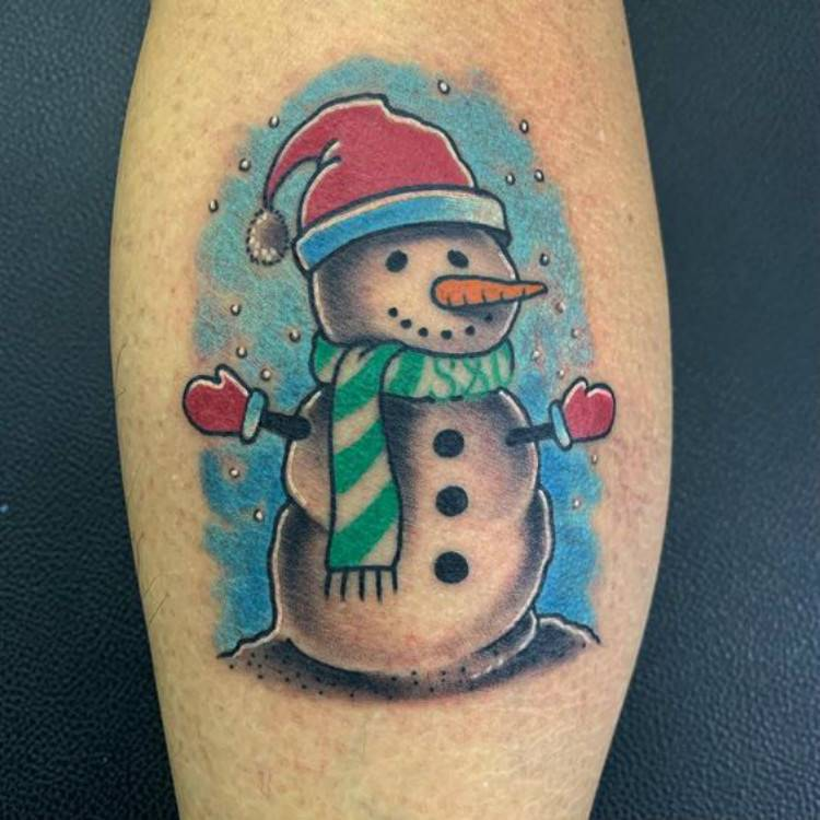 Cute Christmas Tattoo Designs You Need To Copy Now; Christmas Tattoo; Tattoo; Tattoo Designs; Cute Tattoo; Christmas Tree Tattoo; Snowflake Tattoo; Snowman Tattoo; Christmas; #christams #christmastreetattoo #tinytattoo #snowmantattoo #snowflaketattoo #cutetattoo #christmastattoo