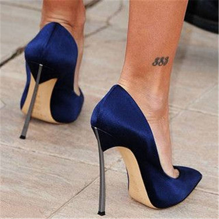 Pretty Ankle Tattoo Designs For Your Inspiration; Ankle Tattoo; Ankle Floral Tattoo; Tattoo; Tattoo Desgin; Butterfly Ankle Tattoo; Couple Matching Ankle Tattoo; Number Ankle Tattoo; Animal Ankle Tattoo;#tattoo#ankletattoo#tinyankletattoo#tinytattoo#meaningfultattoo#butterflyankletattoo#numberankletattoo#animalankletattoo#floralankletattoo