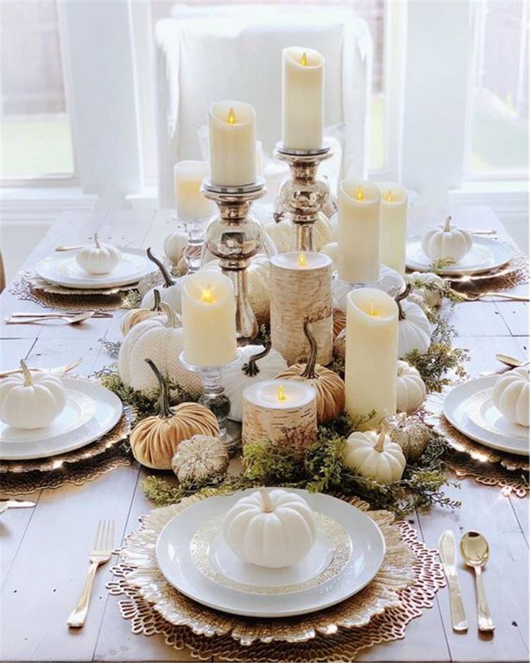 Elegant Thanksgiving Table Decoration Ideas For Your Inspiration; Holiday; Thanksgiving; Thanksgiving Table Decoration; Home Decor; Table Decor; Table centerpiece; Table Setting; Thanksgiving Table Setting; Pumpkin Table Setting; #thanksgiving #holiday #thanksgivingtablesetting #thanksgivingtabledecor #thanksgivingtablecenterpiece #tablecenterpiece #homedecor #tabledecor