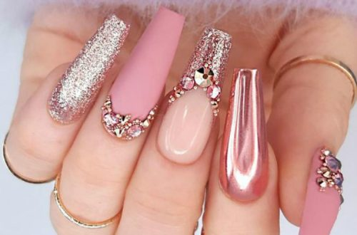 Stunning Arcylic Winter Coffin Nail Ideas For You; Winter Nails; Winter Coffin Nails; Coffin Nails; Arcylic Nails; Glitter Coffin Nails; Rhinestones Coffin Nails; Black And White Coffin Nails; #wintercoffinnails #coffinnails #arcyliccoffinnails #nails #blackandwhitecoffinnails #glittercoffinnails #rhinestonecoffinnails
