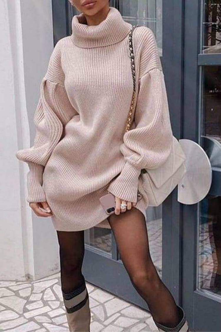 Gorgeous And Cozy Winter Outfits You Must Love; Winter Outfits; Outfits; Winter Coat; Puffy Jacket; Teddy Jacket; Trench Coat; Puffy Vest; Sweater Dress;  #winteroutfit #outfits #teddyjacket #trenchcoat #sweaterdress #puffyjacket #puffyvest