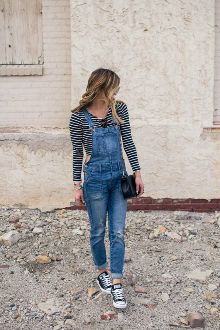 Trendy Spring Outfits To Make You Glam In Spring; Spring Outfits; Outfits; Demin Jacket; Overalls Outfits; Sweater Outfits; Spring Suits; Hoodie Outfits; Cute Spring Outfits; #springoutfits #outfits #springsweateroutfits #springhoodie #springoveralls #springjackets