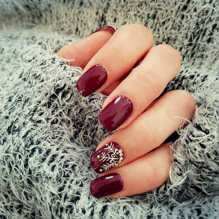 Adorable Christmas Nail Designs You Must Love; Christmas Red Nails; Red Nails; Christmas Nails; Christmas Square Nails; Christams Coffin Nails; Christmas Stiletto Nails; Holiday Nails#nails#nailsdesign#christmasnails#christmassquarenails#christmascoffinnails#christmasstilettonails#holidaynails#holidayrednails#christmasrednails