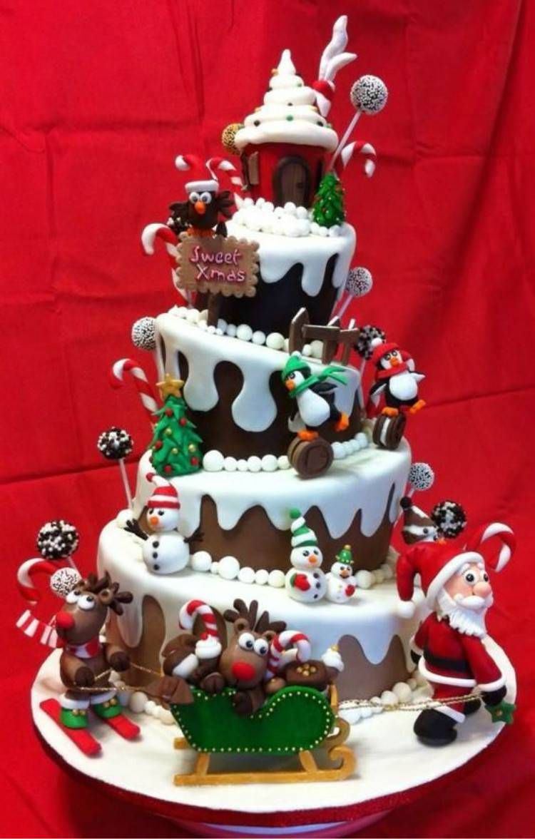 Pretty And Adorable Christmas Cakes You Love To Have; Christmas Cake; Christmas; Christmas Holiday; Pretty Cake; Holiday Cake; Cake; Winter Cake; Berry Christmas Cake; #christmas #christmascake #christmasberrycake #cake #wintercake #holidaycake #prettycake