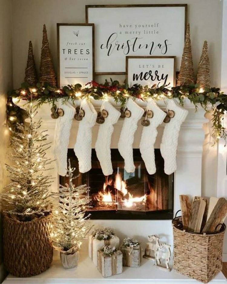 Pretty Christmas Mantel Decoration Ideas To Give You Inspiration; Home Decor; Christmas Home Decor; Christmas; Christams Holiday; Holiday Decor; Mantel Decor; Christmas Mantel; Fireplace; Holiday Mantel Decor; Christmas Fireplace #Christmas #Christmasdecor #homedecor #holidaydecor #Christmasmanteldecor #Christmasfireplacedecor #Manteldecor #holidaymanteldecor