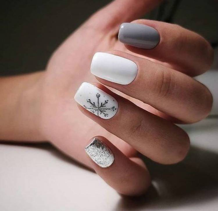 Gorgeous Winter Nail Designs Are Perfect For You; Rhinestones Nails; Winter Nails; Winter Square Nails; Winter Coffin Nails; Winter Stiletto Nails; Holiday Nails #nailsdesign #christmasnails #nails #cwintercoffinnails #winterstilettonails #holidaysquarenails #holidaynails #winternails