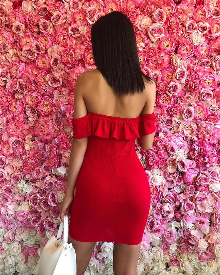 Stunning Valentine's Outfits For Your Perfect Date; Lace Dress;Red Lace Dress; Pink Lace Dress; Jumpsuit; Red Jumpsuit; Valentines Dress; Valentines Day; Sweater; Valentines Sweater; #lacedress #redjumpsuit #redlacedress #jumpsuit #valentinesdress #valentine #valentinesday #valentinessweater #sweater