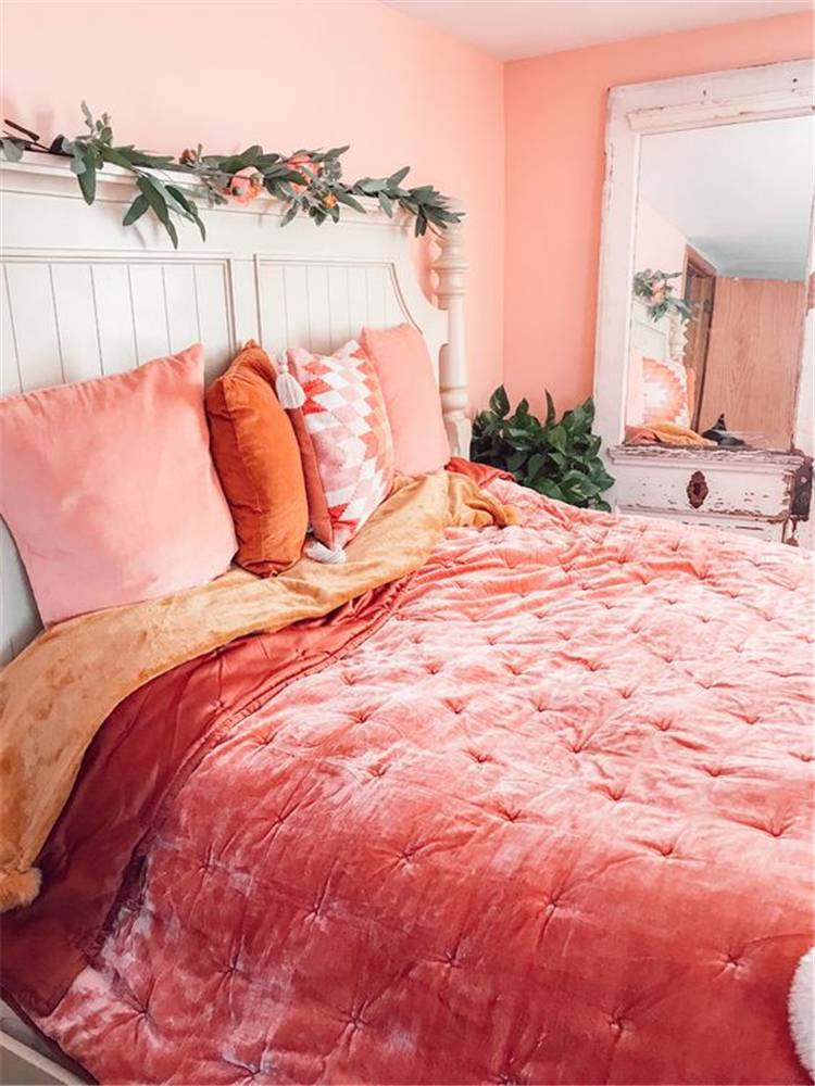 Pretty Spring Bedroom Decoration Ideas With Different Accents; Home Decor; Bedroom Decor; Bedroom; Spring Bedroom; Spring Home Decor; Flower Home Decor; Cozy Bedroom; Spring Accent; #homedecor #springhomedecor #bedroom #springbedroom #bedroomdecor #floralbedroom #springaccent #pinkbedroom #yellowbedroom #redaccentbedroom