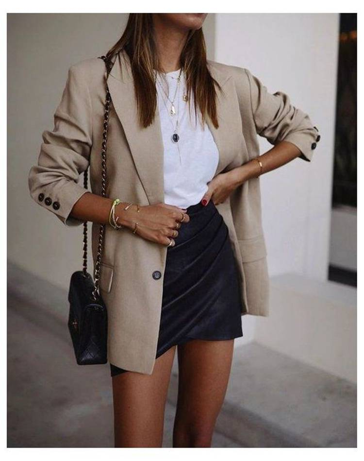 Outfits To Rock This Spring With A Skirt; Spring Outfits; Outfits; Spring Skirt; Spring Leather Skirt; White Shirt Outfits; Spring Floral Skirt; Cute Spring Outfits; Spring #springoutfits #outfits #springskirtoutfits #springskirt #springleatherskirt #springwhiteskirt #whiteshirt #floralskirt