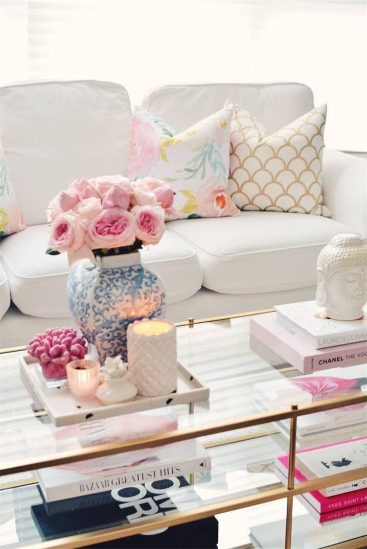 Spring Living Room Decoration Ideas With Flowers; Home Decor; Living Room Decor; Living Room; Spring Living Room; Spring Home Decor; Flower Home Decor; Cozy Living Room; Spring Flowers;#homedecor#springhomedecor#livingroom#springlivingroom#livingroomdecor#florallivingroom#springflowers