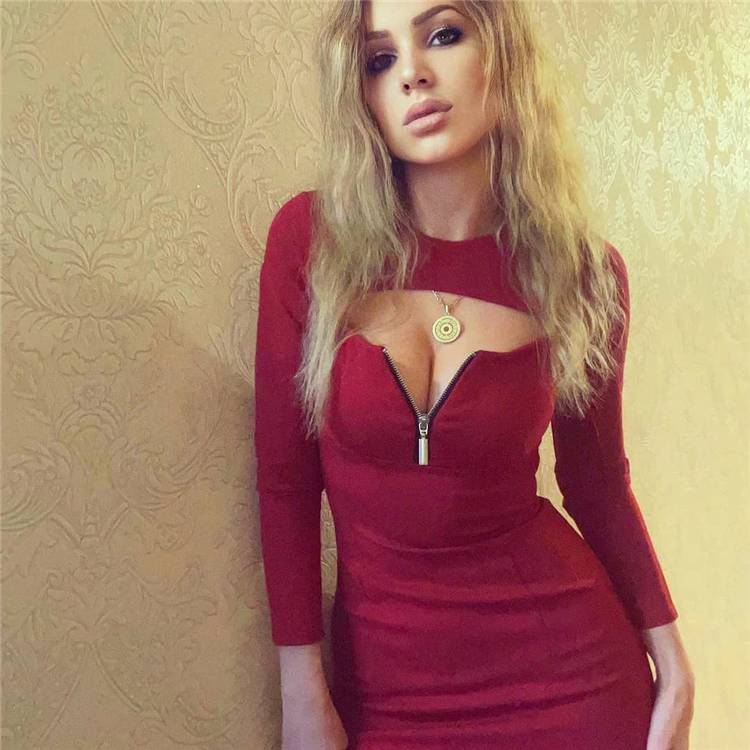 Sexy Night Out Outfits To Make You Glamorous; Night Out Outfits; Sexy Outfits; Outfits; Party Outfits; Red Sexy Dress; Sexy Jumpsuit; Sexy Night Out Outfits; #outfits #sexyoutfits #partyoutfits #reddress #reddressoutfits #sexyjumpsuit #jumpsuit
