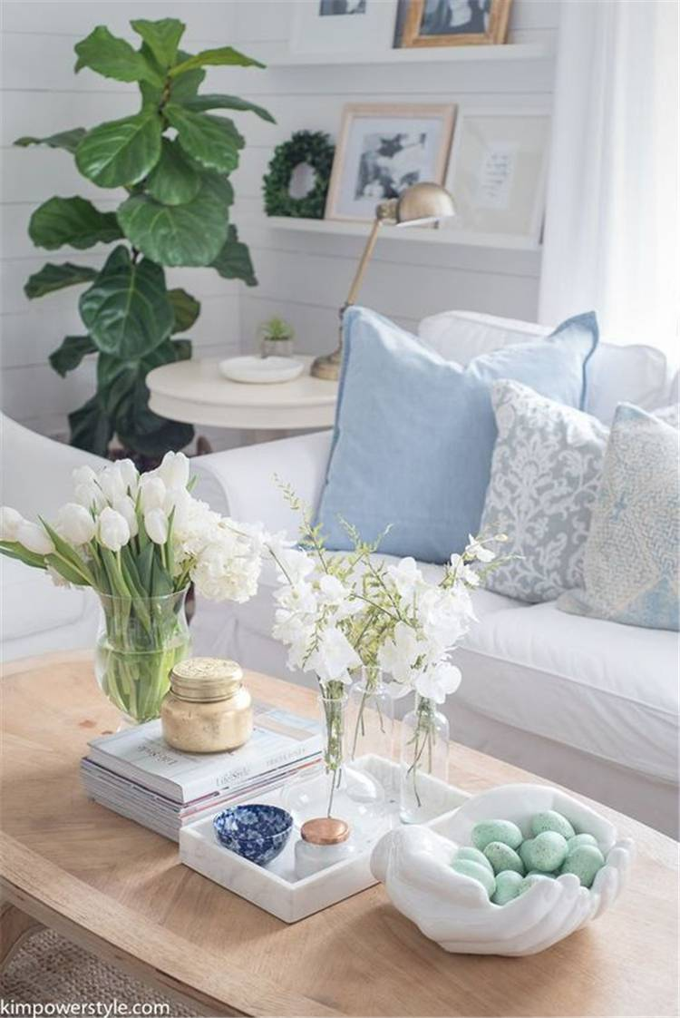 Spring Living Room Decoration Ideas With Flowers; Home Decor; Living Room Decor; Living Room; Spring Living Room; Spring Home Decor; Flower Home Decor; Cozy Living Room; Spring Flowers; #homedecor #springhomedecor #livingroom #springlivingroom #livingroomdecor #florallivingroom #springflowers