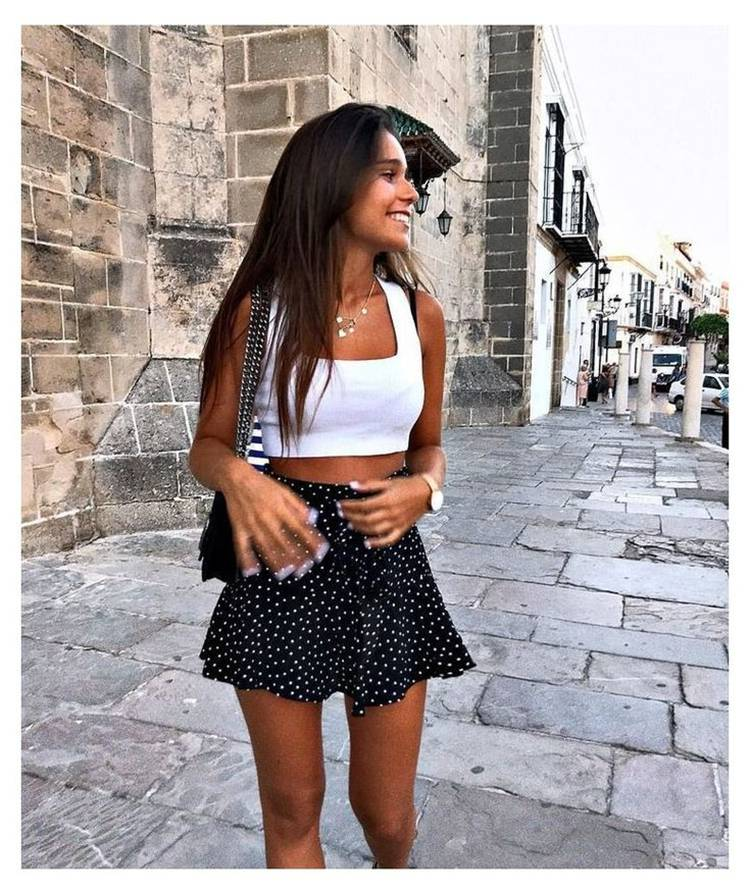 Gorgeous Summer Vacation Outfits For Teen Girls; Summer Outfits; Outfits; Teen Outfits; Skirt Outfits; Denim Skirt; Hot Denim Pants; Mini Skirt; Skirt; Hot Pants; #summeroutfits #outfits #teenoutfits #miniskirt #denimskirt #hotpants #hotdenimskirt #denimskirt #summerteengirloutfits #teengirloutfits